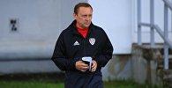 Футбольный тренер Олег Кубарев
