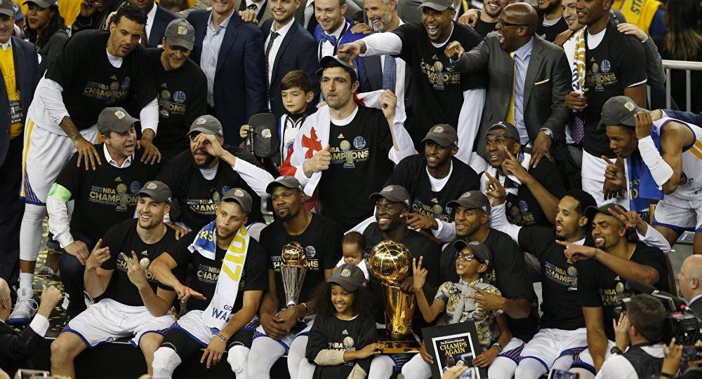 Чемпионы НБА заказали нароссийском заводе 200 подстаканников