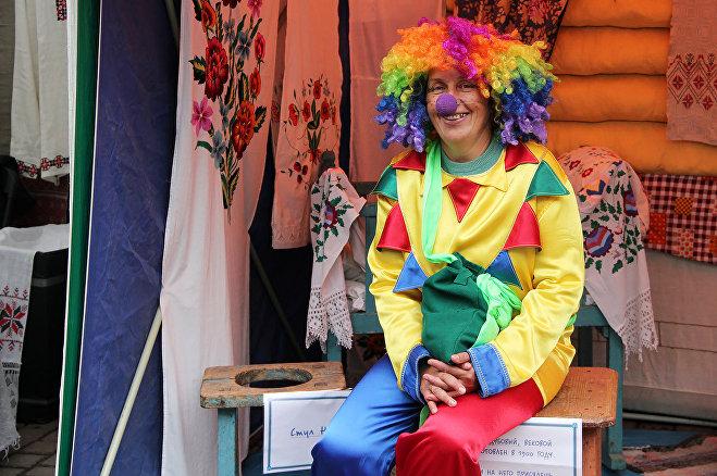 Клоунов в Городе мастеров рассмешить смог только фотограф