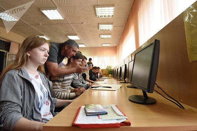 Гуманитарно-экономический факультет готовит маркетологов-экономистов и всегда востребован девушками
