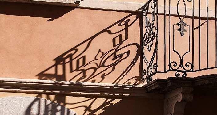 Пенсионерка погибла в Витебске, выпав из окна 3-го этажа