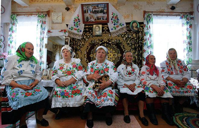 Жители деревни Погост Гомельской области готовятся к народному празднику Юрье