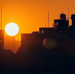 Закат в Токио, архивное фото