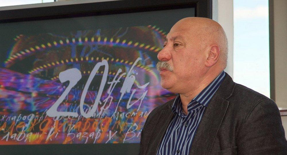Родион Басс на пресс-конференции 19 мая 2011 года