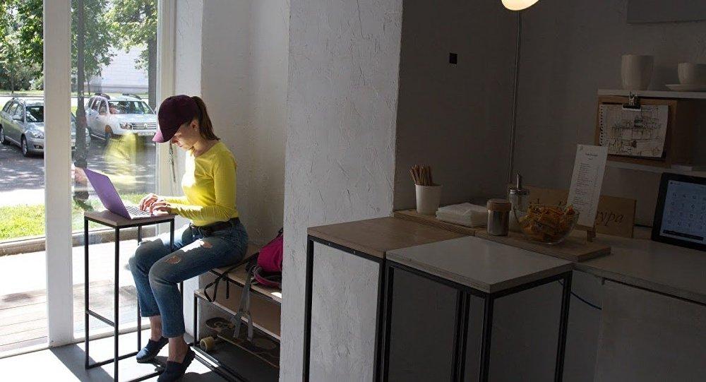 Здесь можно не только попить кофе, но и поработать