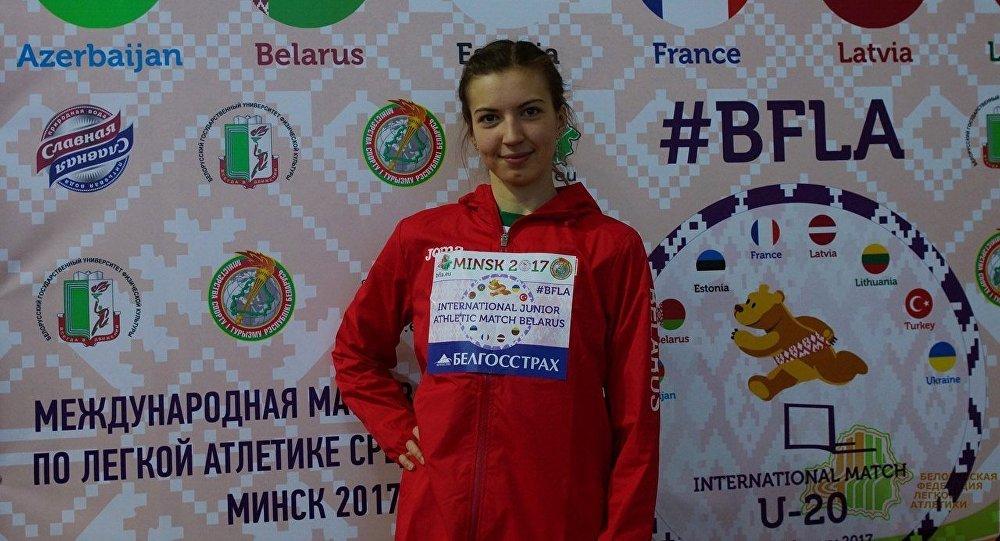 Белоруска, которая выиграла ЧЕ, покинула пьедестал из-за гимна другого государства