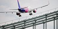Самолет авиакомпании Wizz Air, архивное фото