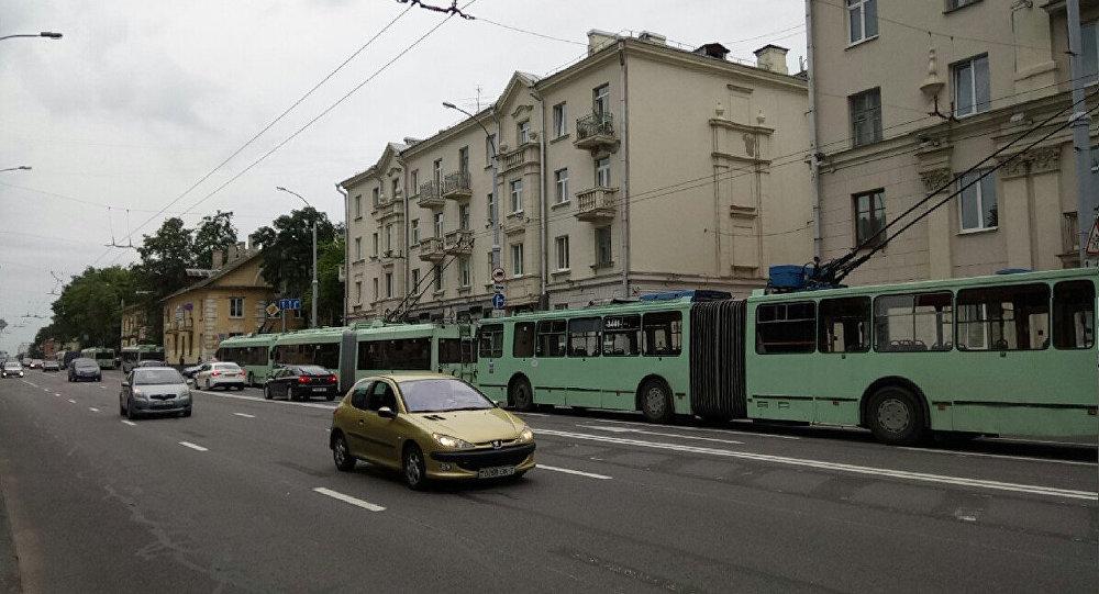 Из-за отключения электричества Минск стоит впробках