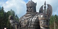 Скульптурная кампазіцыя з князем Ізяславам