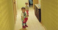 Дети из многодетной семьи, архивное фото