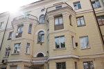 Один из домов на улице Ленинградской
