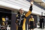 Роберт Кубица в боксах Renault на Хунгароринге