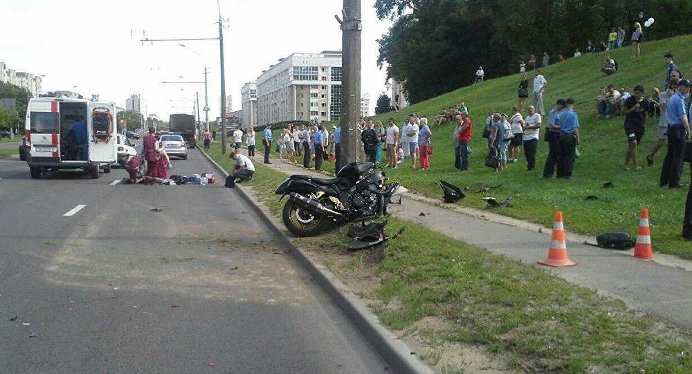 Напроспекте Рокоссовского разбился мотоциклист