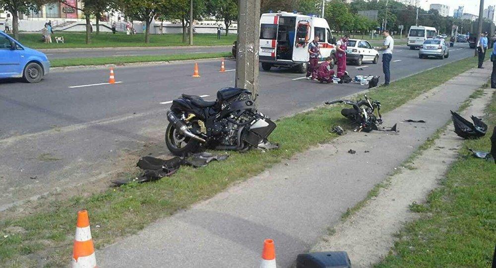 Мотоциклист разбился вМинске напроспекте Рокоссовского