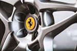 Автомобильный диск с логотипом Ferrari