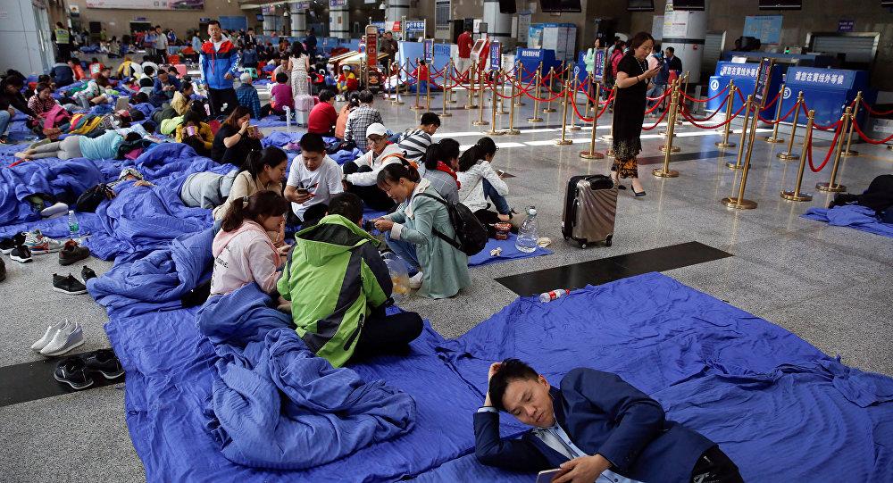 Неменее 45 тыс. туристов эвакуировали после землетрясения в КНР