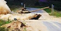 анк команды армии Индии в полуфинальной эстафете на соревнованиях по танковому биатлону Армейских международных Игр-2017