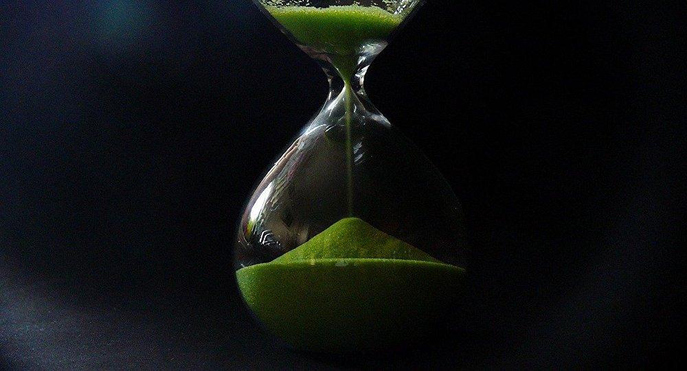 Песочные часы, архивное фото