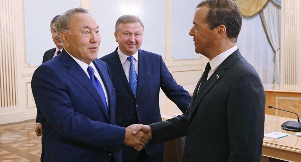 Путин иНазарбаев обсудили сотрудничество РФ иКазахстана