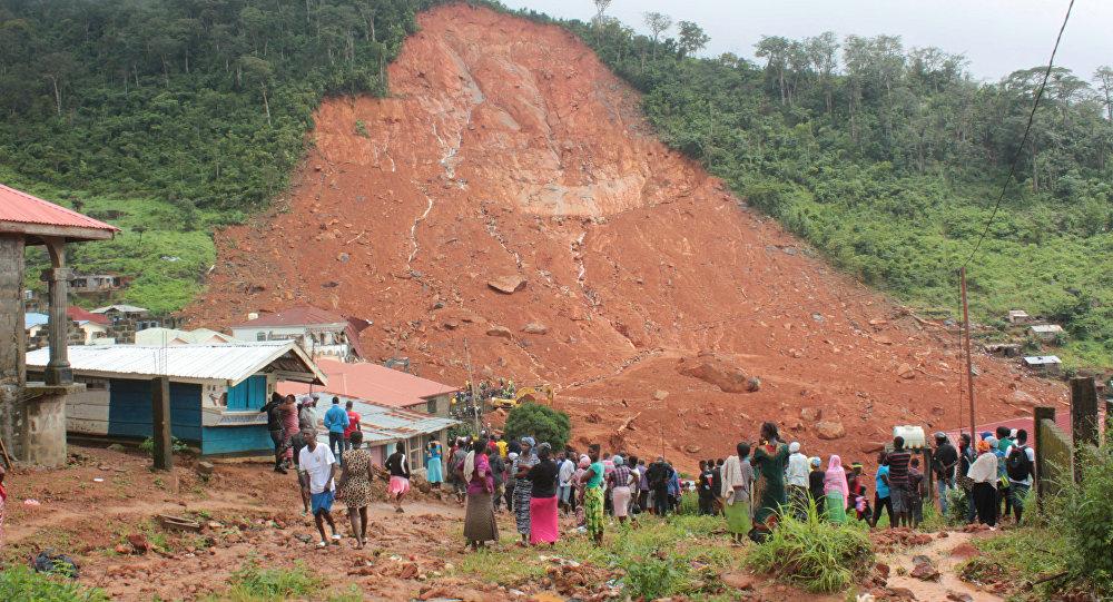Неменее двухсот человек стали жертвами грязевого оползня вСьерра-Леоне