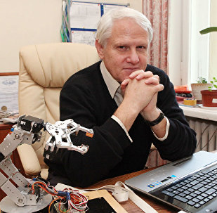 Доктор биологических наук, заведующий лабораторией нейрофизиологии биологического факультета МГУ Александр Каплан