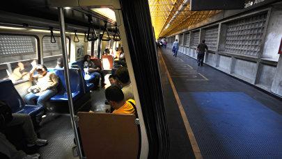 Работа метро в Каракасе, архивное фото