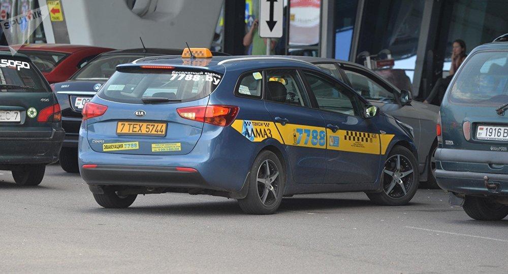 Директора службы такси «Алмаз 7788» перевели под домашний арест