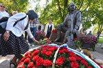 Открытие памятника Владимиру Мулявину в Минске
