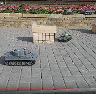 Видео перестрелки игрушечных танков в Гродно выложили в интернет