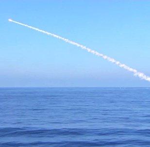 Запуск крылатой ракеты Калибр, архивное фото