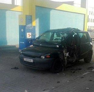 Легковушка взорвалась на заправке в Бресте