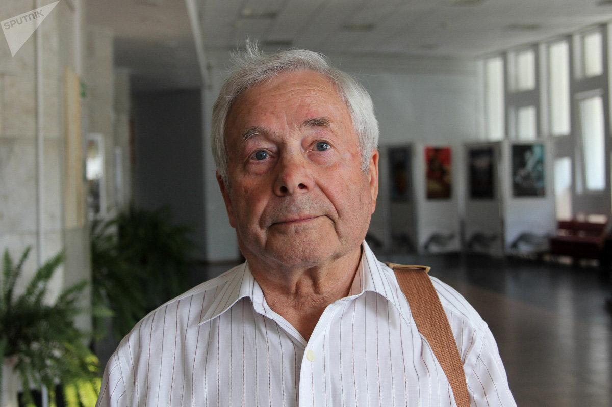 Анатолий Иванченков считает, что вопрос переименования нужно обсуждать с привлечением историков и градоначальников