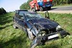 Nissan опрокинулся в Островецком районе