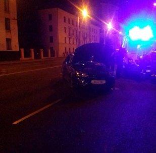 Легковой Форд перевернулся ночью в Минске