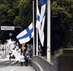 В Финляндии приспущены флаги в память о жертвах нападения в Турку