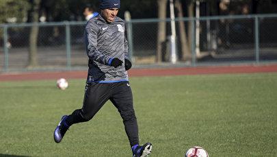 Аргентинский футболист Карлос Тевес