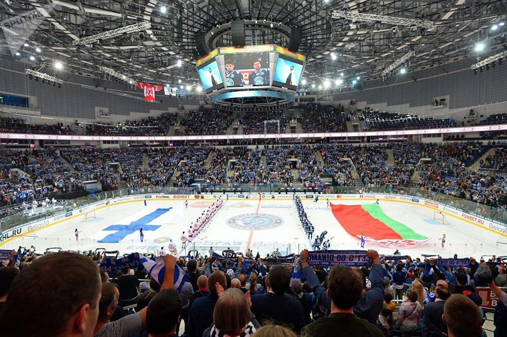 На первый матч минского Динамо в десятом сезоне КХЛ пришли 13800 зрителей