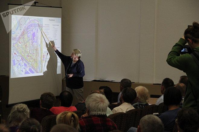 Архитектор проектов Светлана Сахарова детально объяснила, какие изменения претерпит район - местным жителям они не понравились
