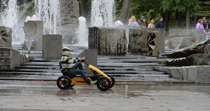 ВМинске покажут шоу поющих фонтанов ивоздушных шаров