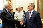 Заместитель председателя Палаты представителей Болеслав Пирштук (справа) и вице-маршал сейма Ришард Терлецкий