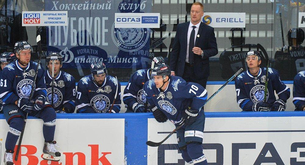 «Слован» одержал первую победу вчемпионате КХЛ, обыграв минское «Динамо»