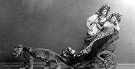 Матильда Кшесинская (справа) и Николай Солянников (слева) в балете Мариуса Петипа Пробуждение Флоры