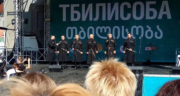 Відэафакт: на фестывалі Тбілісоба грузіны спявалі Купалінку