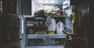 Холодильник, архивное фото