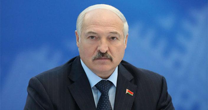 Лукашенко обеспокоен тем, что Республика Беларусь «неживет» Евроиграми
