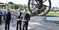 Владимир Макей, Борис Светлов и Андрей Шорец приняли участие в церемонии открытия памятника белорусам зарубежья