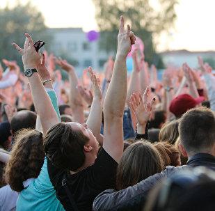 На концерте, архивное фото