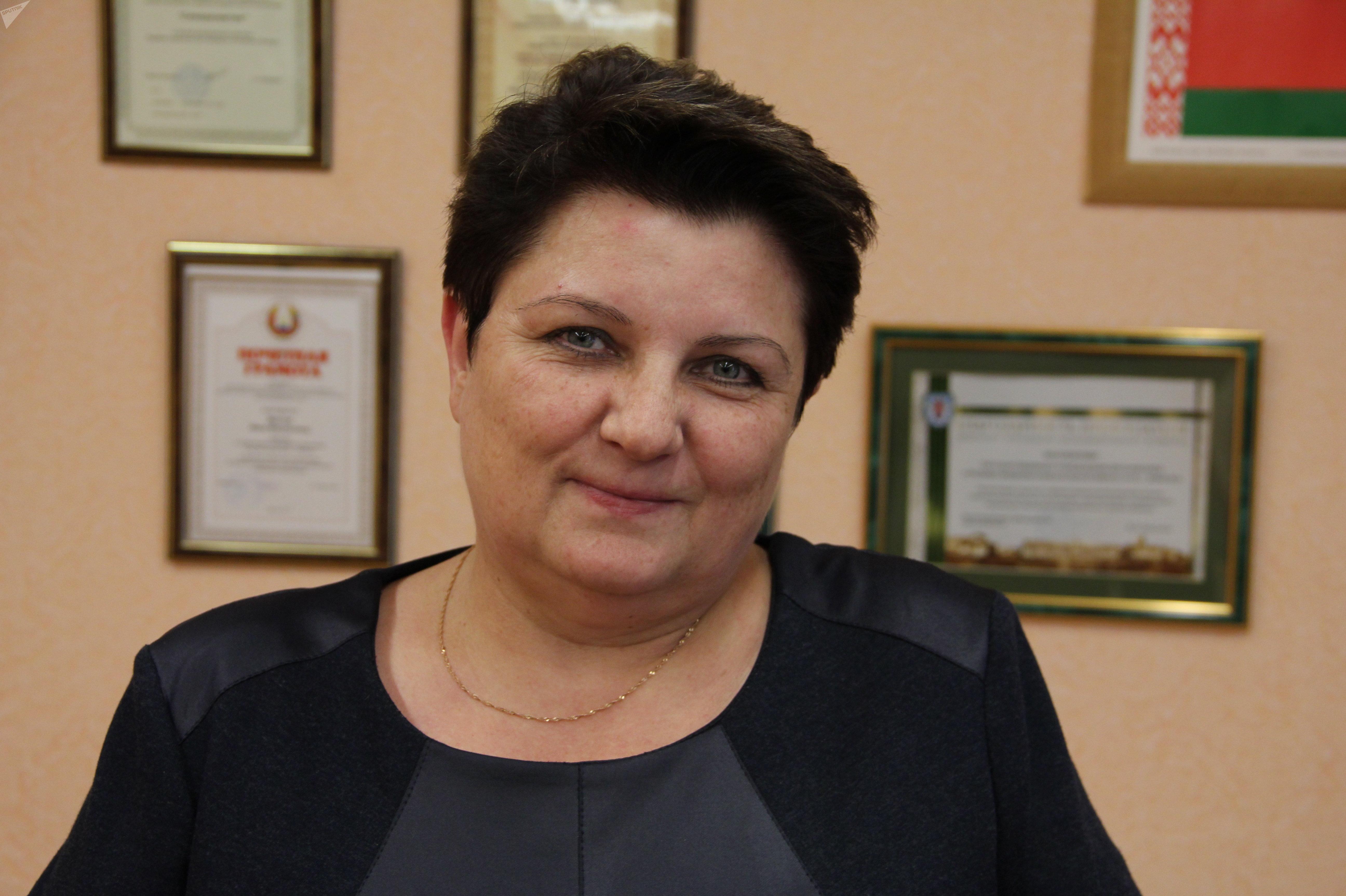 Директор средней школы № 81 Инна Довнар