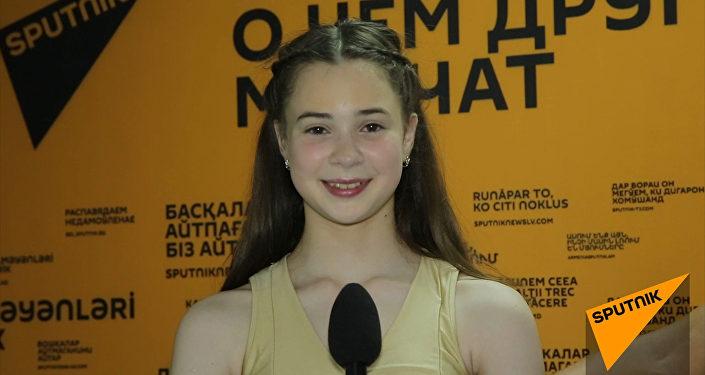 Маша Радионова расплакалась на Ты супер! Танцы от неожиданности