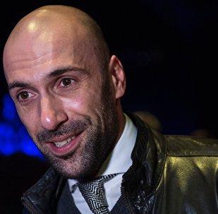 Танцор, хореограф Евгений Папунаишвили